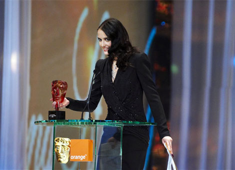 Orange Rising Star winner in 2007 Eva Green presents the award in 2008 at the Orange British Academy Film Awards in 2008.