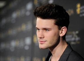 Jeremy Irvine