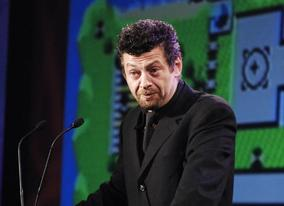 Andy Serkis recounts the past work of Fellowship recipient Will Wright
