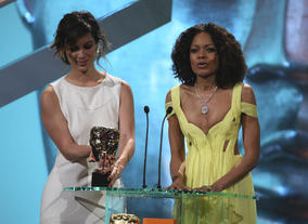 Brnice Marlohe and Naomie Harris