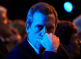 Award presenter Hugh Laurie in the Main Auditorium at the Royal Opera House (pic: BAFTA / Camera Press).