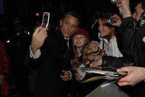 Nominee Daniel Craig meets fans (BAFTA / Liam Daniel).