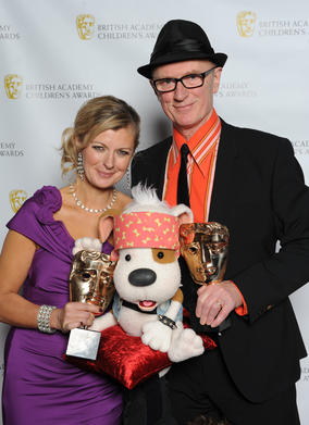 Lucy Goodman, Ian Emes and Bookaboo, the rock drumming puppet who loves being read to before a show.
