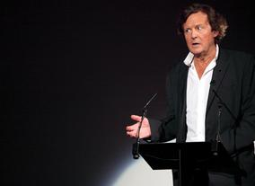Screenwriter of titles including The Reader and The Hours, Sir David Hare begins his talk at the lecture. (Photography: Jay Brooks)