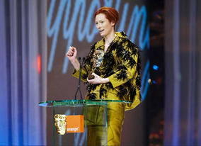 Tilda Swinton claims her first BAFTA for her supporting role in Michael Clayton (pic: BAFTA / Camera Press).