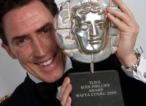 Rob Brydon with the Siân Phillips Award at the BAFTA Cymru Awards in 2010.