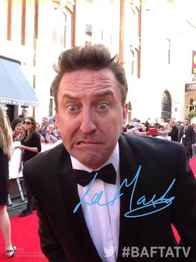 Lee Mack - Twitter Mirror