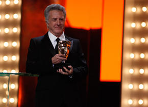 Dustin Hoffman - Presenter - Best Film